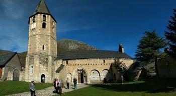 ...Val d'Aran...Iglesia de Sant Andrèu de Salardú...