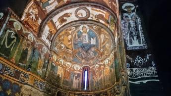 Video maping...espectacular recreación de lo que debieron ser las pinturas románicas de Sant Climent!!