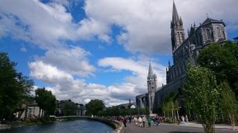 ...Santuario de Lourdes...